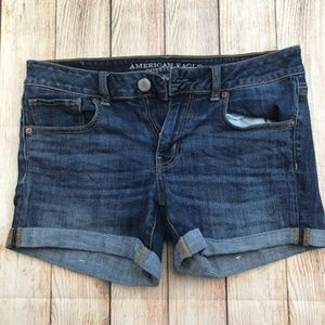 AE Midi Jean Shorts Size 10 Super Stretch
